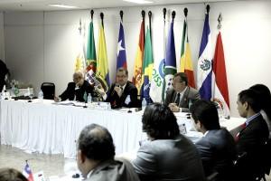 Comitê da OISS reúne representantes de nove países. (Foto: Nicolas Gomes)