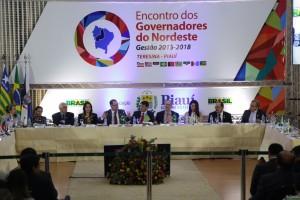 Governadores do Nordeste se reúnem com o ministro Gabas para debater temas ligados à previdência dos servidores públicos. Foto: Erasmo Salomão/MPS