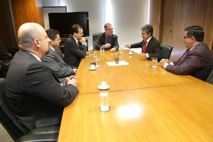 Delegação da Conferência Interamericana de Seguridade Social esteve reunida com ministro Carlos Gabas, em Brasília. Foto: Erasmo Salomão/MPS