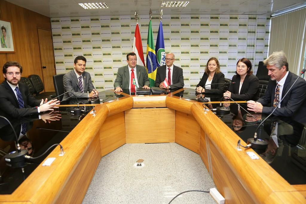 Brasil e Áustria concluem texto do Acordo de Previdência Social que beneficiará 5 mil brasileiros. Fotos: Erasmo Salomão/MPS