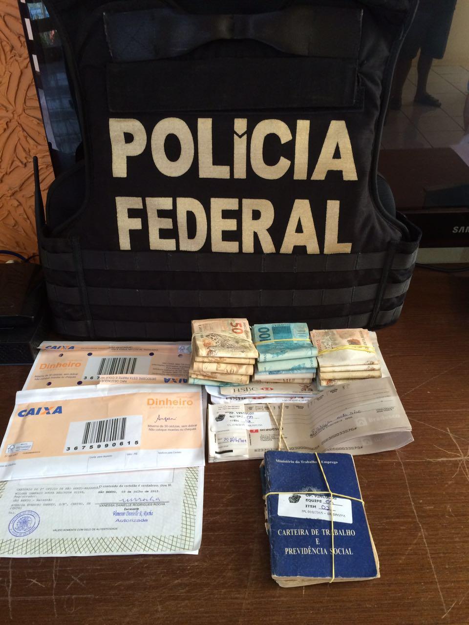 Documentos e dinheiro apreendidos na Operação Vínculos, ação da Força-Tarefa Previdenciária no Maranhão. Fotos: Divulgação/Polícia Federal