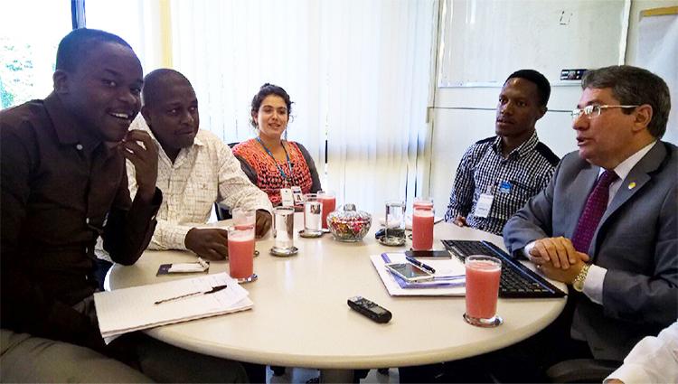 Técnicos do INSS de Moçambique visitam Ouvidoria da Previdência